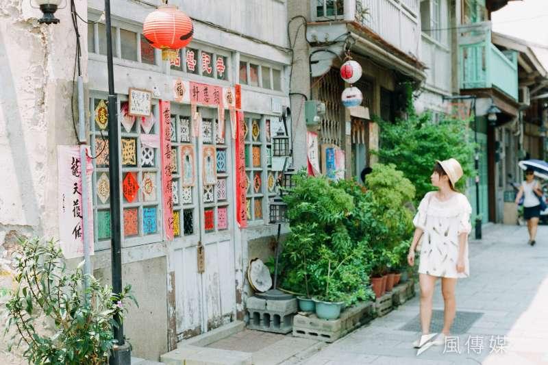 台南古都形象深植人心,而一條街、某個巷口更是台南文化和美食的聚集地。(圖/Sai Mr. @flickr)