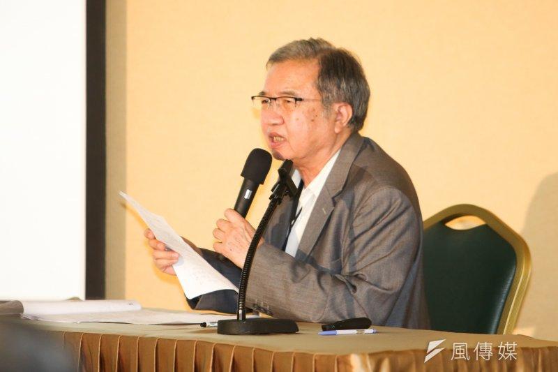 《中國時報》前省政記者王伯仁,陳述當初勞軍捐的廢除經過。(陳明仁攝)