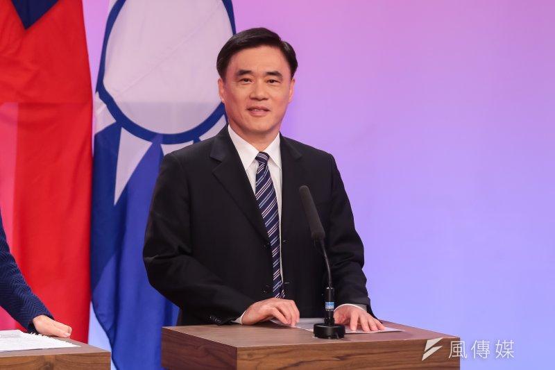 國民黨主席選舉候選人郝龍斌12日指出,黨主席選舉不該再爭論統獨,國民黨立場就是捍衛中華民國、反對台獨。(顏麟宇攝)