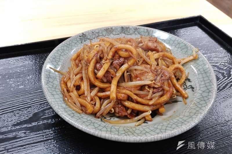 浪江醬油炒麵,樸實的美味帶給人重新出發的力量。(盧逸峰攝)