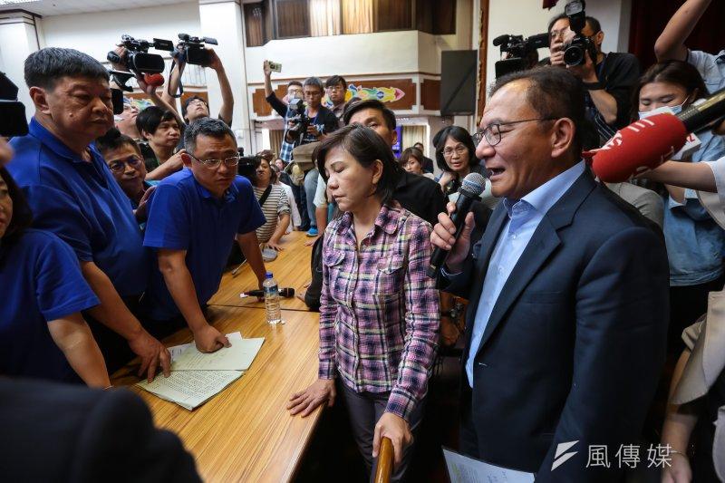 經歷國民黨一上午敲鈸吹哨杯葛後,高志鵬對於國民黨退回前瞻的要求表示,上周已表決不通過,基於「一事不再議」原則,因此不再處理。(顏麟宇攝)