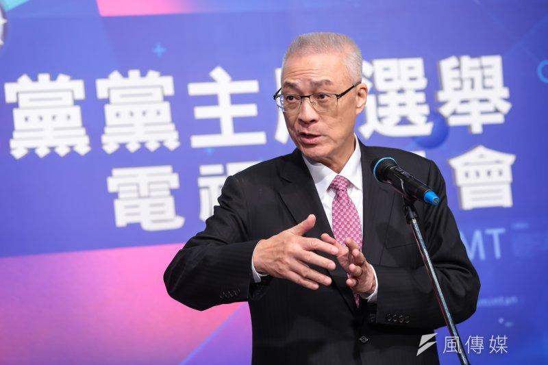 國民黨主席選舉候選人吳敦義6日在電視政見會被圍剿,他會後受訪表示,「沒聽過樹大招風嗎?」(顏麟宇攝)