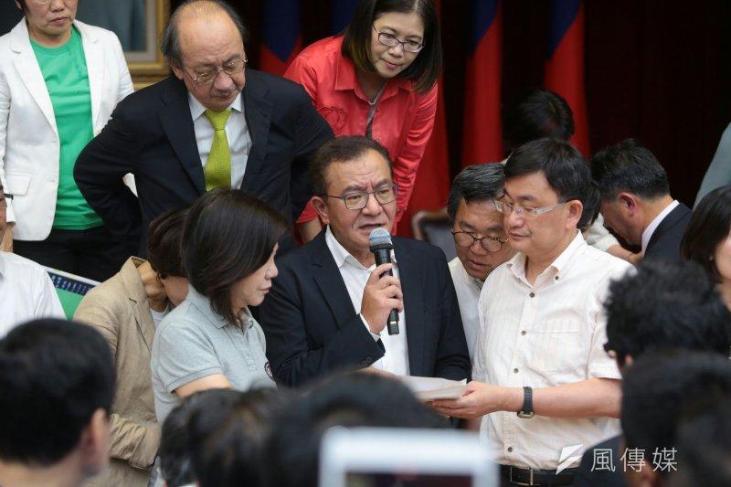 2017-05-11-立法院下午審查前瞻條例-召委高志鵬主持會議-顏麟宇攝