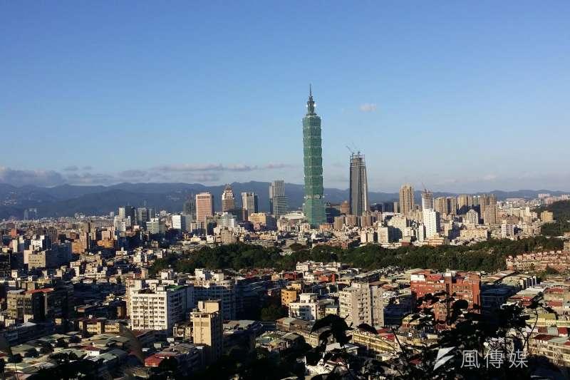 台北市容積爆棚,居住環境相當擁擠。(風傳媒).JPG