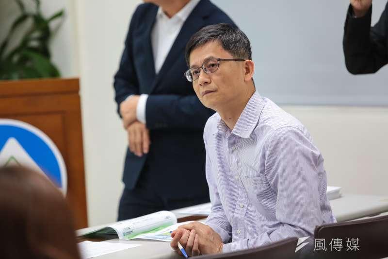 環保署副署長詹順貴17日出席「環保署建構明確、有效率之環評制度」記者會。(資料照片,顏麟宇攝)