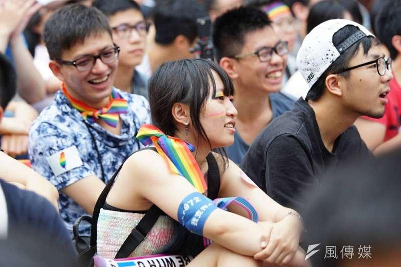 20170524-青島東路上挺同民眾 同性戀 婚姻平權 同志(盧逸峰攝)