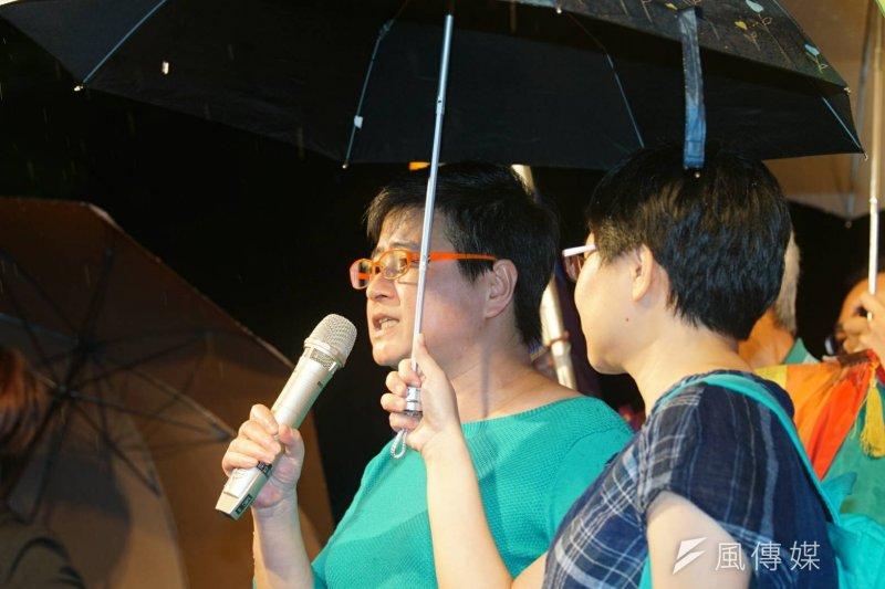 748號釋憲文出爐,祁家威律師許秀雯出席婚姻平權大平台活動。(盧逸峰攝)