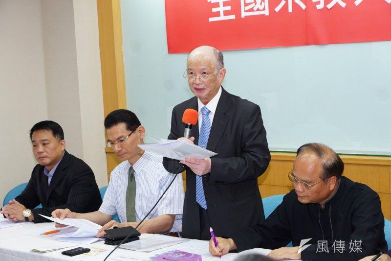 全國宗教大聯盟記者會,代表朱武獻發言。(盧逸峰攝)