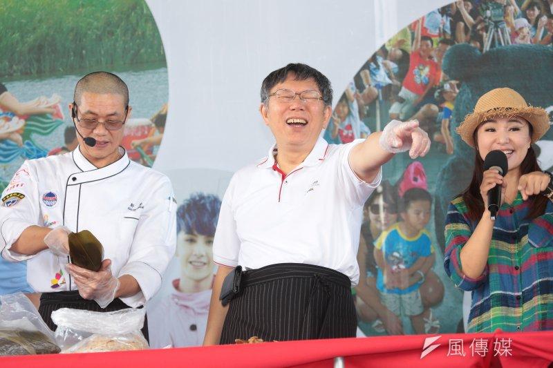 世大運遭批找籃球選手拍游泳畫面,對此,台北市長柯文哲今(29)日引用中國前領導人鄧小平話語「不管白貓黑貓,能抓老鼠的就是好貓」回應。(顏麟宇攝)