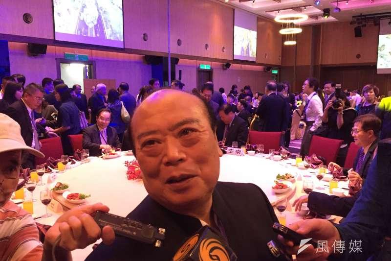 20170531-北京台資企業協會榮譽理事長謝坤宗受訪時則都說,希望兩岸政府要有互讓的心態。(石秀娟攝)
