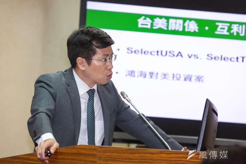 20170531-民進黨立委羅致政31日於立院外交國防委員會質詢。(顏麟宇攝)