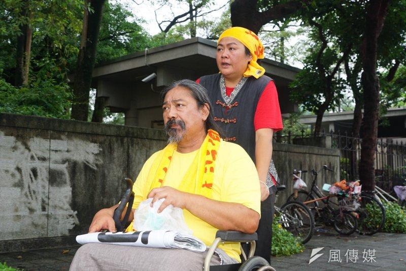 20170604-跨二東行動聯盟捍衛傳統領域活動,歌手那布、巴奈出席。(盧逸峰攝)