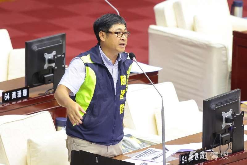 20170606-台北市議員陳建銘6日於台北市議會質詢。(顏麟宇攝)