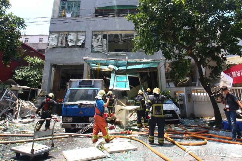 「玉膳坊頂級月子餐」工廠今(7)日發生氣爆,造成12人輕重傷。(顏麟宇攝)