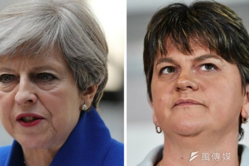 梅伊和北愛民主統一黨(DUP)領袖福斯特。(BBC中文網)