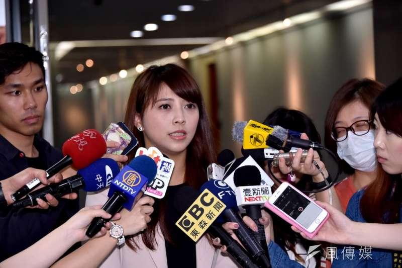 今(17)日陳思宇在觀傳局初登板就「救援成功」,與槮凌公司完成簽約程序。(資料照,北市府提供)
