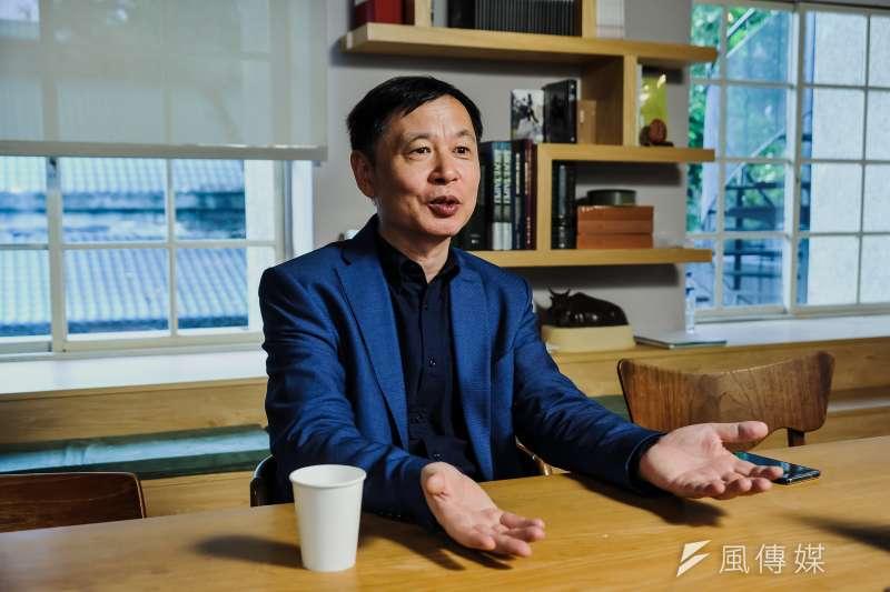 專訪香港大學地理系主任王緝憲。(甘岱民攝)