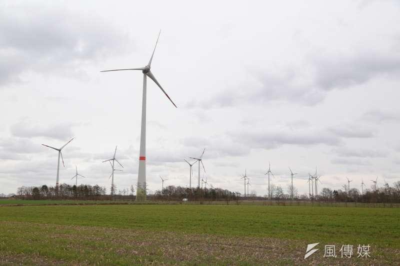 20170317-德國再生能源專題/翻轉吧!能源。小鎮夏爾(Scharrel)社區風場風機。(顏麟宇攝)