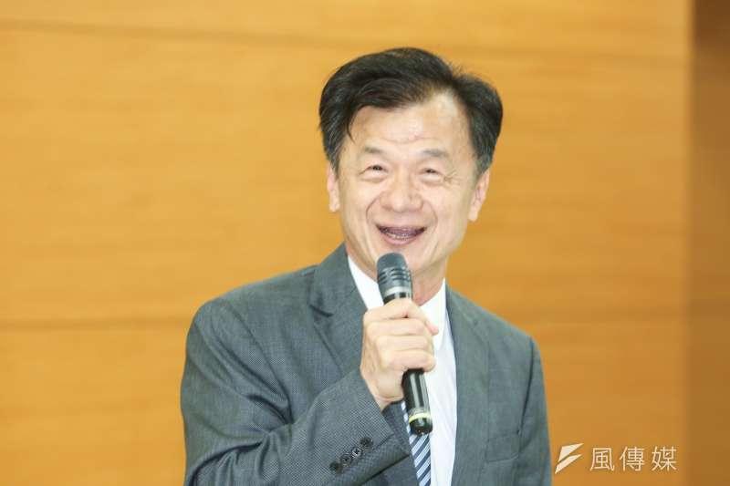 陸委會主委邱太三國中時因為參加桌球校隊,戰績太好拿還到台北體專的保送資格。(資料照,陳明仁攝)