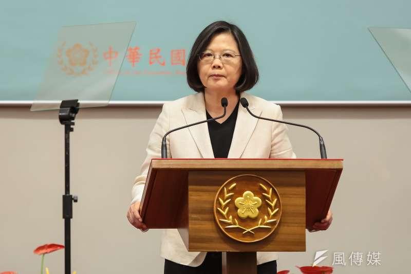 作者指出,民進黨不斷灌輸中華民國是個外來政權,但今天我們在台灣還有政治地位,我們跟對岸談判甚至還有九二共識,這些基礎都是國民政府制憲下的為根基。(資料照,顏麟宇攝)
