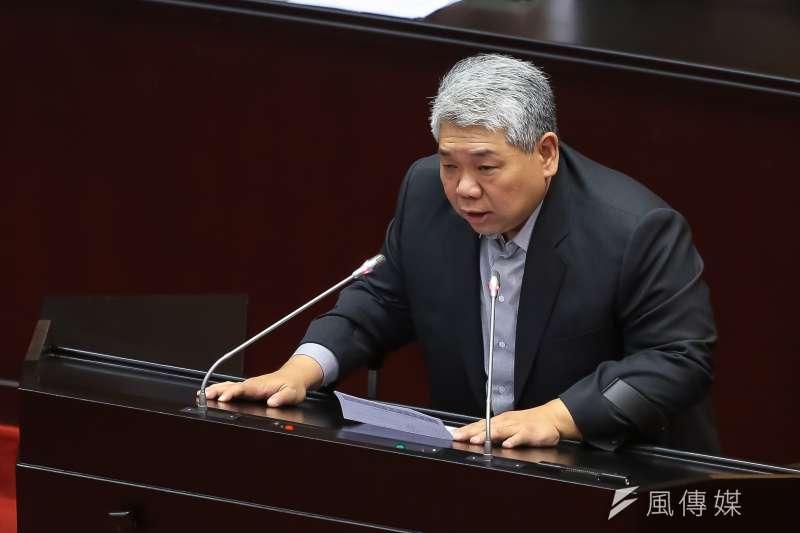 20170630-民進黨立委王榮璋30日於「政務人員退職撫卹條例」三讀通過後發言。(顏麟宇攝)