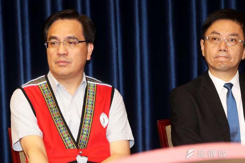原民會主委夷將.拔路兒(左)表示,希望不用等到3月原轉會,就能行使諮商同意權。(資料照,蘇仲泓攝)