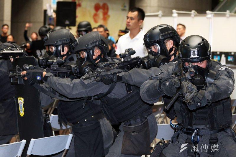 27個亞洲國家將同意運用社群媒體去反制本地區擴散的極端主義暴力。圖為世大運反恐維安。(蘇仲泓攝)