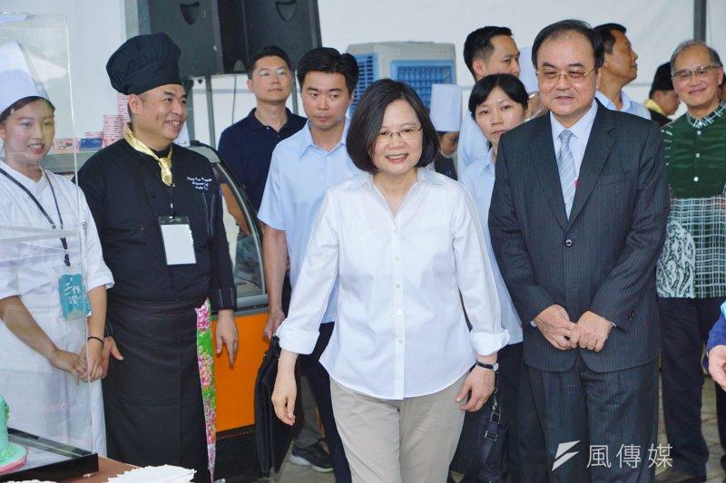 總統蔡英文與民進黨縣市黨部聯誼會舉行便當會。(資料照片,盧逸峰攝)