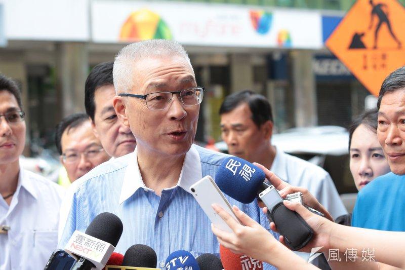前副總統吳敦義8日出席「松山慈惠堂國際藝術聯展」開幕式。(顏麟宇攝)