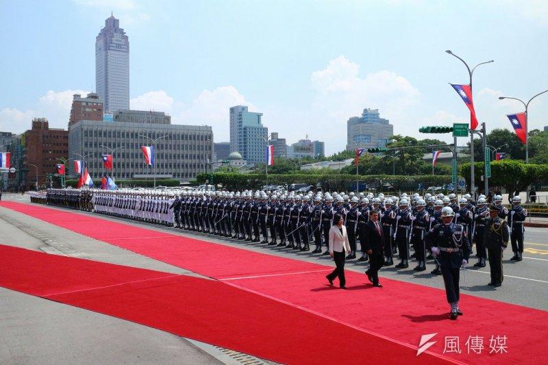 2017-07-12-總統府軍禮迎接巴拉圭總統卡提斯-顏麟宇攝