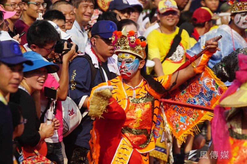 2017-07-23--「史上最大科,眾神上凱道」遊行,上百轎班於凱道繞境-盧逸峰攝