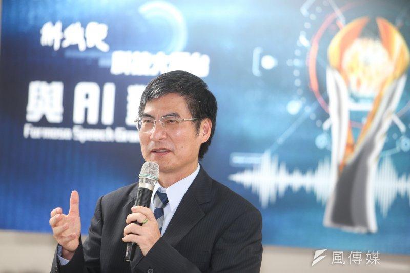 科技部15日啟動「半導體射月計畫」,預計未來4年編列40億元,科技部長陳良基表示,未來4年將重點投資5G行動寬頻的感應器、嵌入式醫材等AI晶片。(資料照,陳明仁攝)