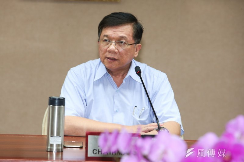 20170815-經濟部部長李世光等說明「停電事件」。(陳明仁攝)