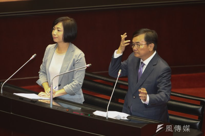 民進黨立院黨團協調決定,下會期幹事長劉櫂豪、書記長何欣純。(資料照片,陳明仁攝)
