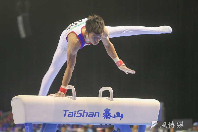 曾演出《翻滾吧男孩》紀錄片電影的我國好手李智凱,今天(23日)在男子競技體操鞍馬項目,以15.300分的高分,奪下在世大運史上首面鞍馬金牌。(陳明仁攝)