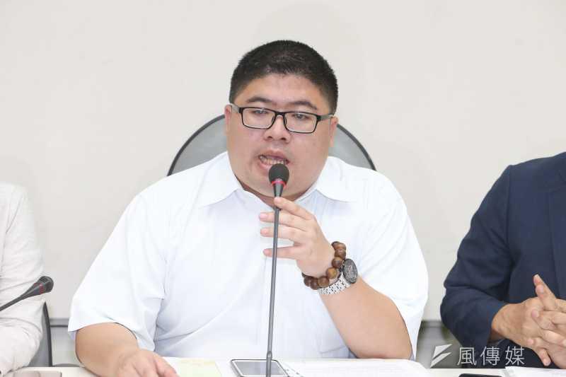 立委蔡易餘出席立法院-「「推動農民職災保險」記者會。(陳明仁攝)