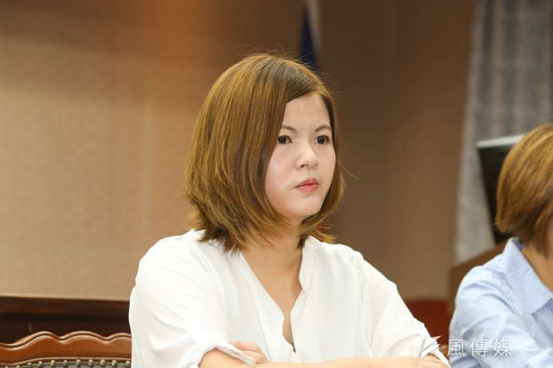 亞洲青年民主連線成員曾柏瑜出席立法院-「反對香港司法打壓、聲援香港抗爭者」記者會。(陳明仁攝)