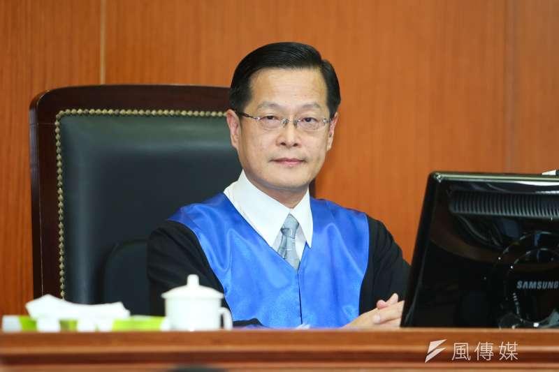 庭長.審判長周盈文出席被控涉搶獲特赦的蘇炳坤提起再審,台灣高等法院第二度開庭。(陳明仁攝)