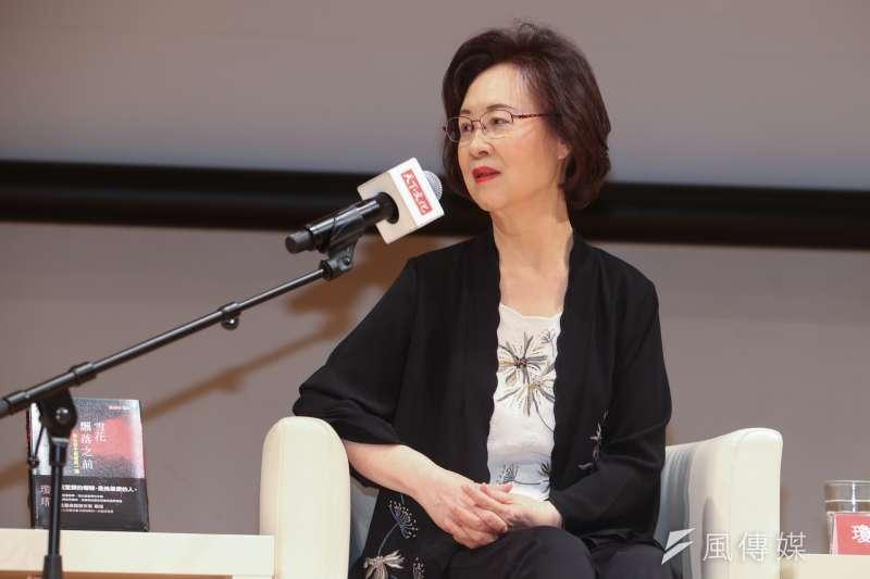 知名作家瓊瑤受高雄市長韓國瑜的邀請,擔任「愛情產業鏈總顧問」,她幽默回應「誰叫我寫了一生的愛情呢?韓市長,我服了你了」!(資料照,陳明仁攝)