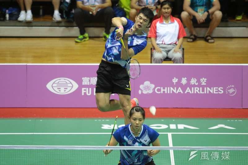 世大運中華隊羽球混雙王齊麟、李佳馨29日以2:1擊敗馬來西亞,獲得金牌。(顏麟宇攝)