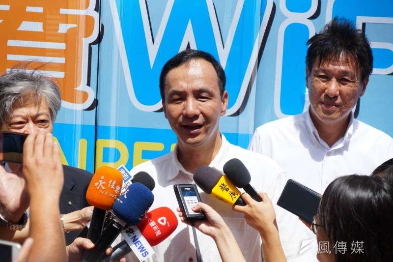 20170912-新北市長朱立倫出席新北市公車免費Wi-Fi上線記者會。(盧逸峰攝)