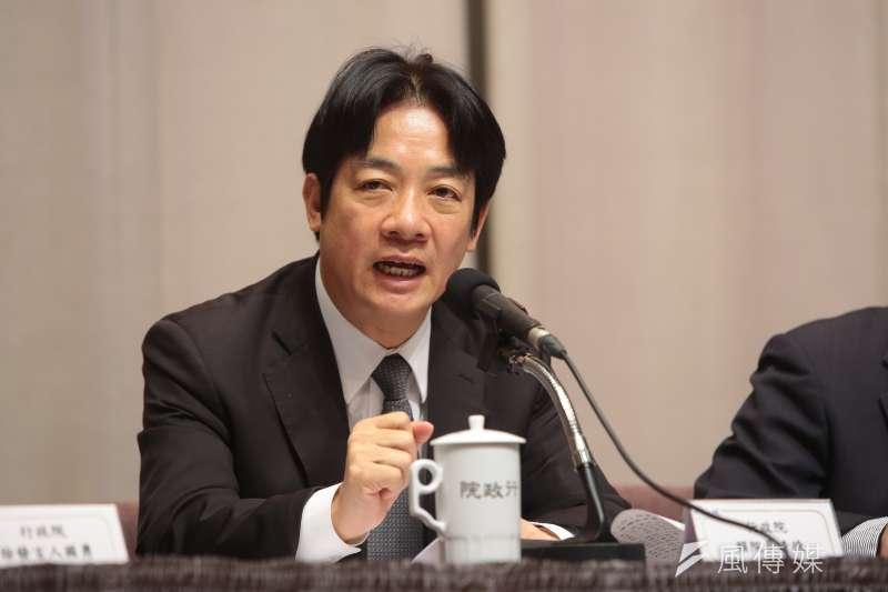 行政院長賴清德25日主持「加速投資台灣專案會議」第3次會議,會中原則通過經濟部「綠能屋頂全民參與」行動方案。(資料照,顏麟宇攝)