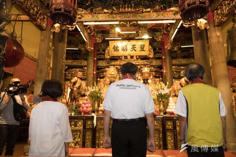 世大運圓滿閉幕,台北市長柯文哲赴關渡宮還願。(取ˋ自柯文ˊ哲臉書)
