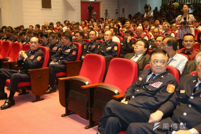 台北市警察局長交接典禮,台北市長柯文哲缺席。(陳明仁攝)