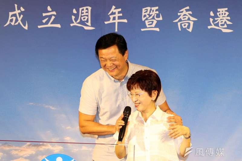 民進黨秘書長洪耀福表示,前台北縣長周錫瑋很強,是「玩真的」。上周周錫瑋專程跑去彰化,就是想動員請彰化同鄉會支持。(資料照,蘇仲泓攝)