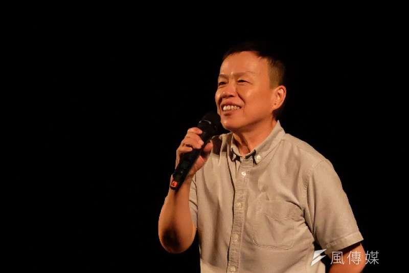 20171016-「婚姻平權大平台」16日晚間在凱道舉辦「我們都是畢安生紀念晚會」,訴求盡快修改民法、讓同志可以結婚。導演王小棣。(謝孟穎攝)