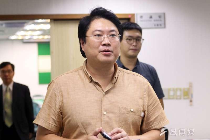 20171018-民進黨中常會,基隆市長林右昌。(蘇仲泓攝)
