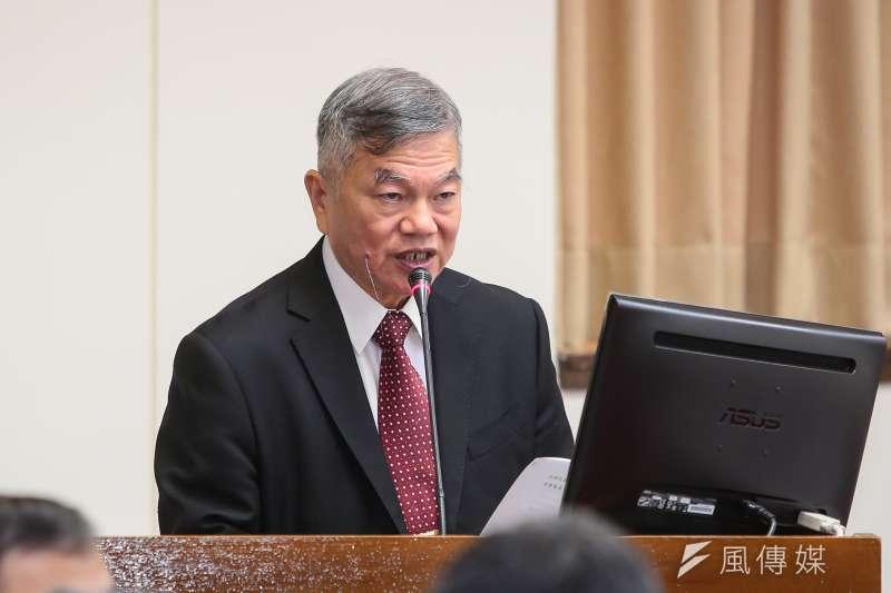 經濟部長沈榮津18日於立院經濟委員會備詢。(顏麟宇攝)