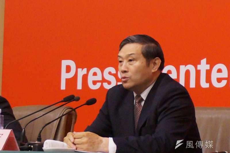中共中央宣傳部副部長孫志軍今天這樣解釋,他說,在社會主義市場經濟下,文化存在教育引導與娛樂消費的雙重功能。(王彥喬攝)