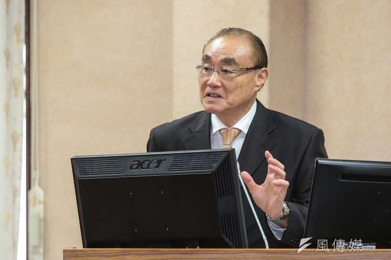 20171025-國防部長馮世寬25日於立院備詢。(顏麟宇攝)